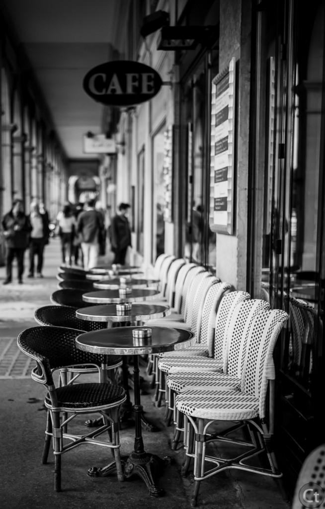A cafe in Rue de Rivoli