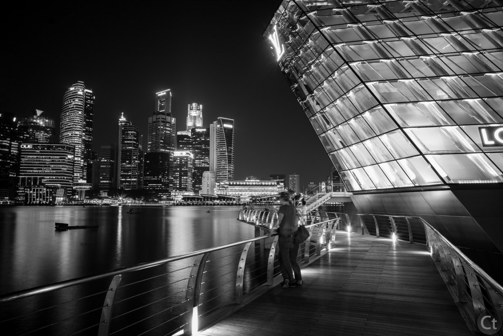 A couple enjoying Singapore night vista